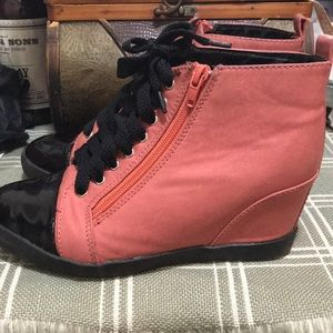 Shoes - Women wedge Shoes - Size 7